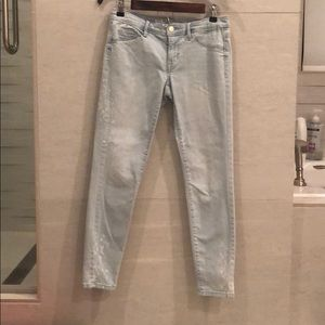 Whitewash Capri Jeans